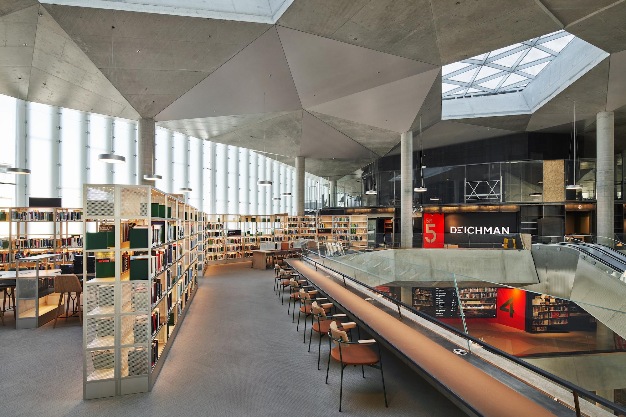 Deichmanske 5 - Scenario Interiørarkitekter - fotograf Gatis Rozenfelds - medier og lysåpninger